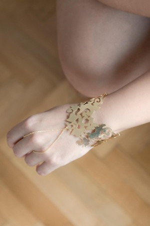 BAZAAR - AUTHENTIQUE - Boho Hand Jewelry (1)