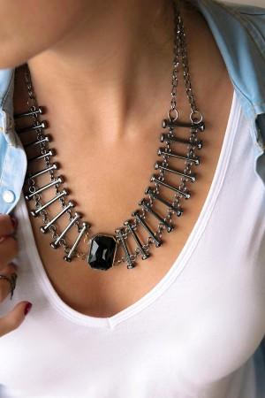 SHOW TIME - BLACK BARS - Vertical Bar Necklace (1)
