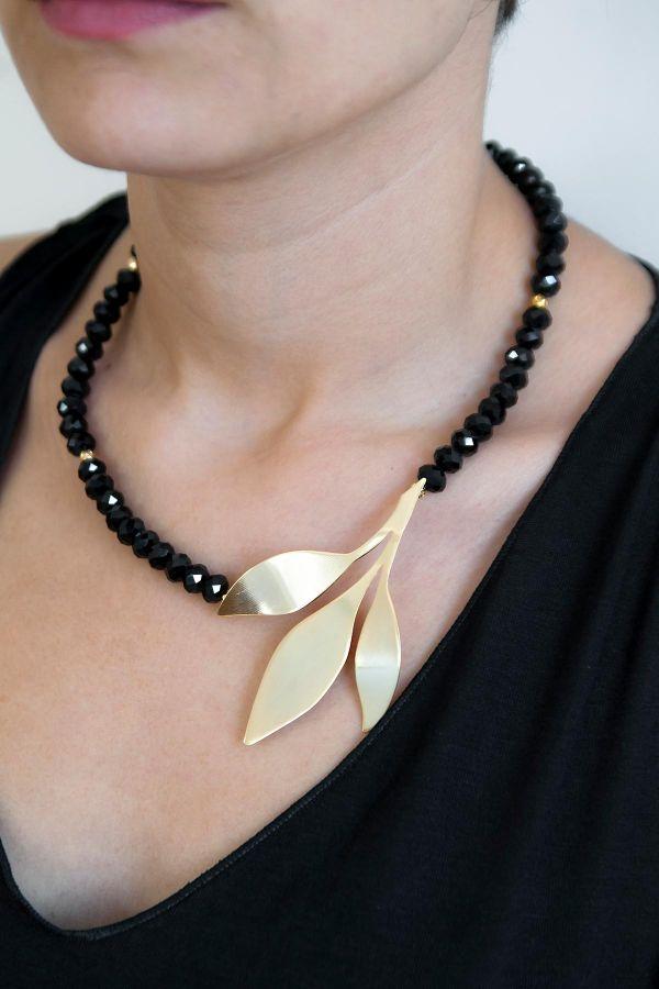 BLACK BRANCH - Sideways Necklace