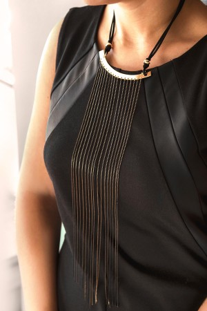 BAZAAR - BLACK WILLOW - Two Tone Bib Necklace (1)