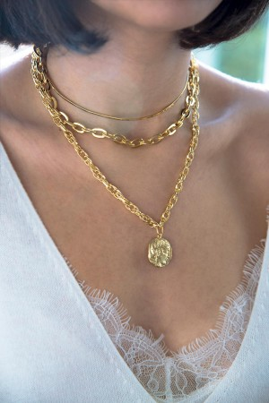COMFORT ZONE - BRUTUS - Medail Necklace (1)