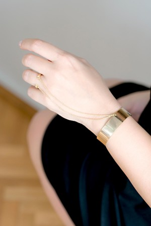 CHAINED CUFF - Cuff Bracelet - Thumbnail