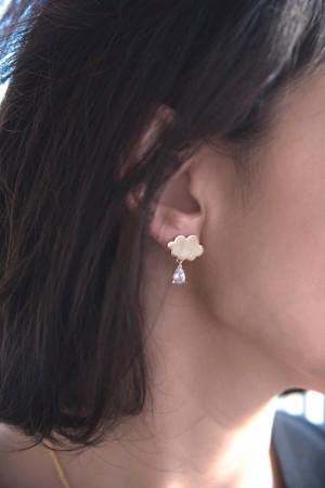 SHOW TIME - DIAMOND CLOUD - Minimal Drop Earrings (1)