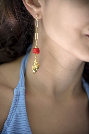 PLAYGROUND - DIVINE RED - Doğal Mercan Küpe (1)