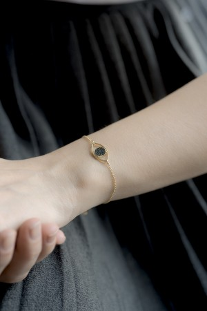 COMFORT ZONE - EMERAULT EYE - Dainty CZ Evil Eye Bracelet (1)