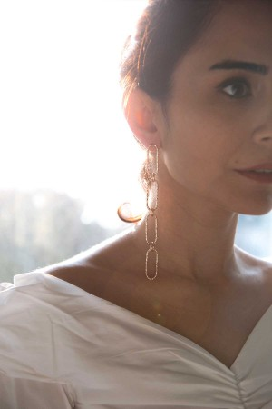 COMFORT ZONE - ENCHAINED - Asymmetrical Chain Earrings (1)