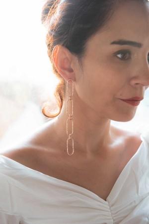 ENCHAINED - Asymmetrical Chain Earrings - Thumbnail