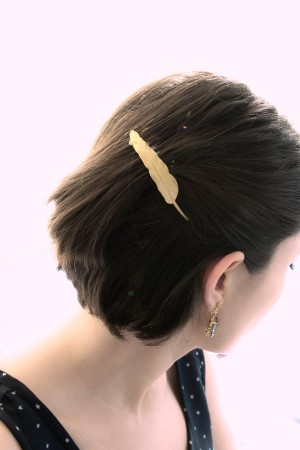 BAZAAR - FEATHER - Hair Comb (1)