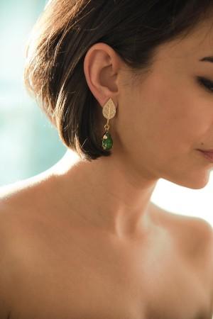 SHOW TIME - GREE LEAF - Rhinestone Earrings (1)