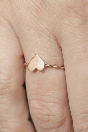 PETITE JEWELRY - HEART - Dainty Ring