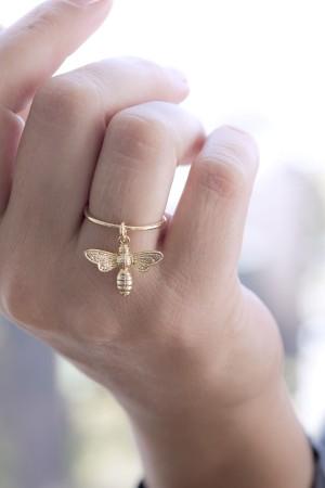 HONEY BEE - Minimalistic Ring - Thumbnail