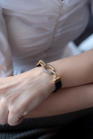 SHOW TIME - INVISIBLE - Interlock Bracelet (1)