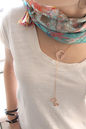 BAZAAR - KEY AND LOCK - Lariat Necklace (1)