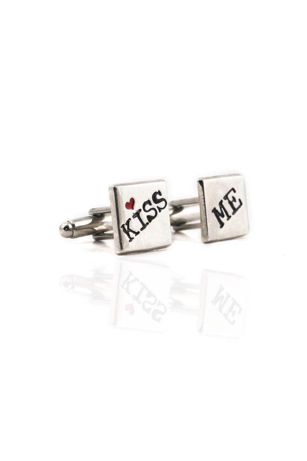 KISS ME - Kol Düğmesi