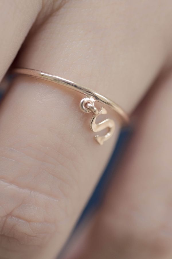 LETTER CHARM - Initial Ring