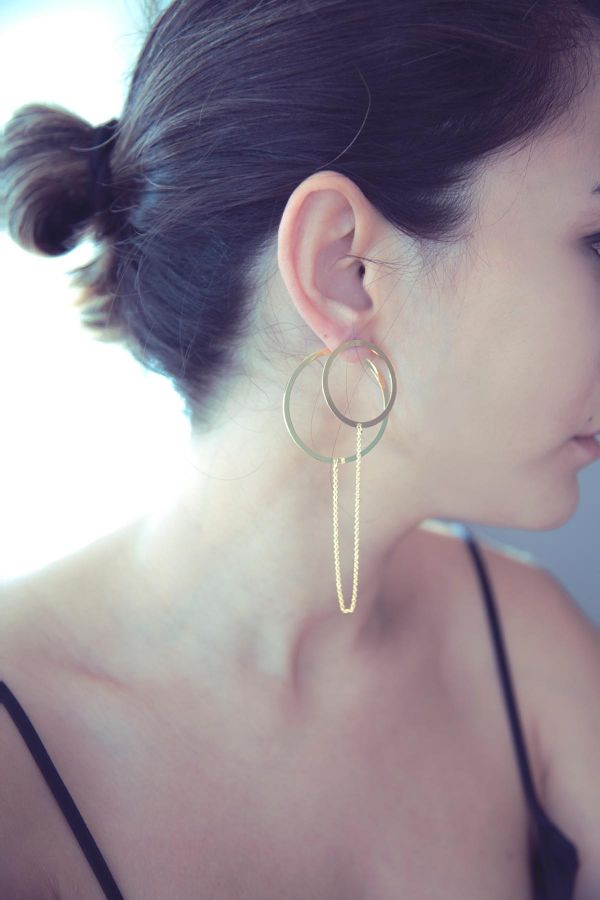 LINKED CIRCLES - Circle Long Earring