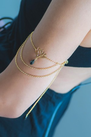 SHOW TIME - LOTUS - Upper Arm Bracelet (1)