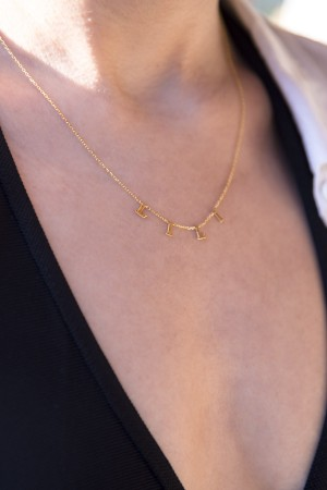 PETITE JEWELRY - NAME - Letter Charm Name Necklace (1)