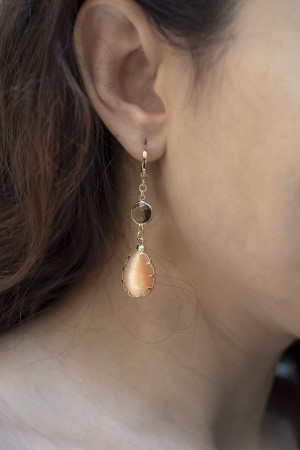 SHOW TIME - NUDE - Drop Earrings (1)