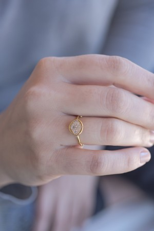 COMFORT ZONE - NUT - CZ Ring (1)