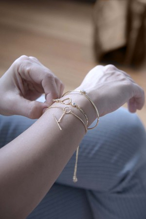 COMFORT ZONE - ONE AND ONLY - CZ Bracelet (1)