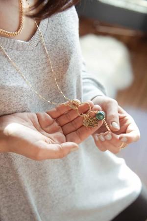 PETIT CHARM - PALM - Yeşil Taşlı Yaprak Charm (1)