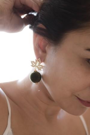 SHOW TIME - PLANE - Leaf Earrings (1)