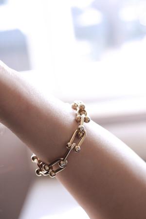 COMFORT ZONE - STIRRUP - Bold Chain Bracelet (1)