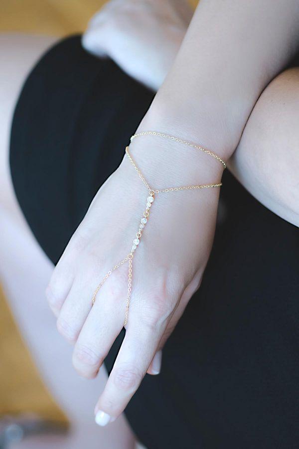 TINY DIAMOND - Finger Chain