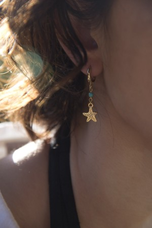 PLAYGROUND - TINY STARFISH - Asymmetrical Earrings (1)