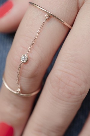 PETITE JEWELRY - TWIN RINGS - Chained Rings