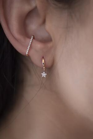PETITE LUXE - TWINKLE STAR - Diamond Mini Star Studs (1)